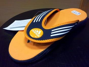 Žabky Adidas AKWAH 4 FLIP FLOP K 013495